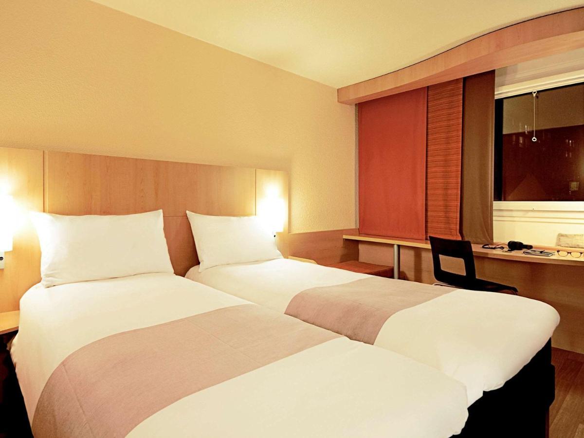 hotel ibis m nchen city nord munich germany booking com rh booking com