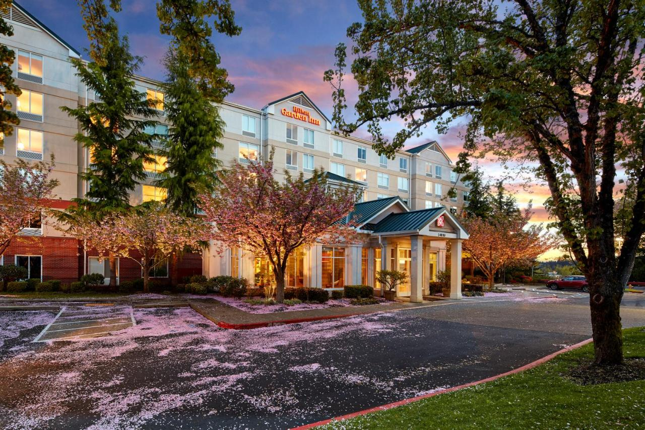 Hilton Garden Inn Lake Oswego, Lake Oswego – Updated 2018 Prices