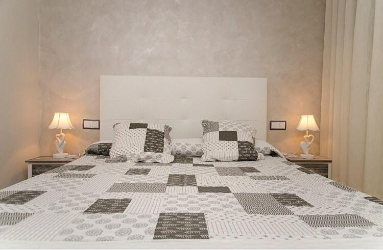 Guest Houses In Monte La Reina Castile And Leon