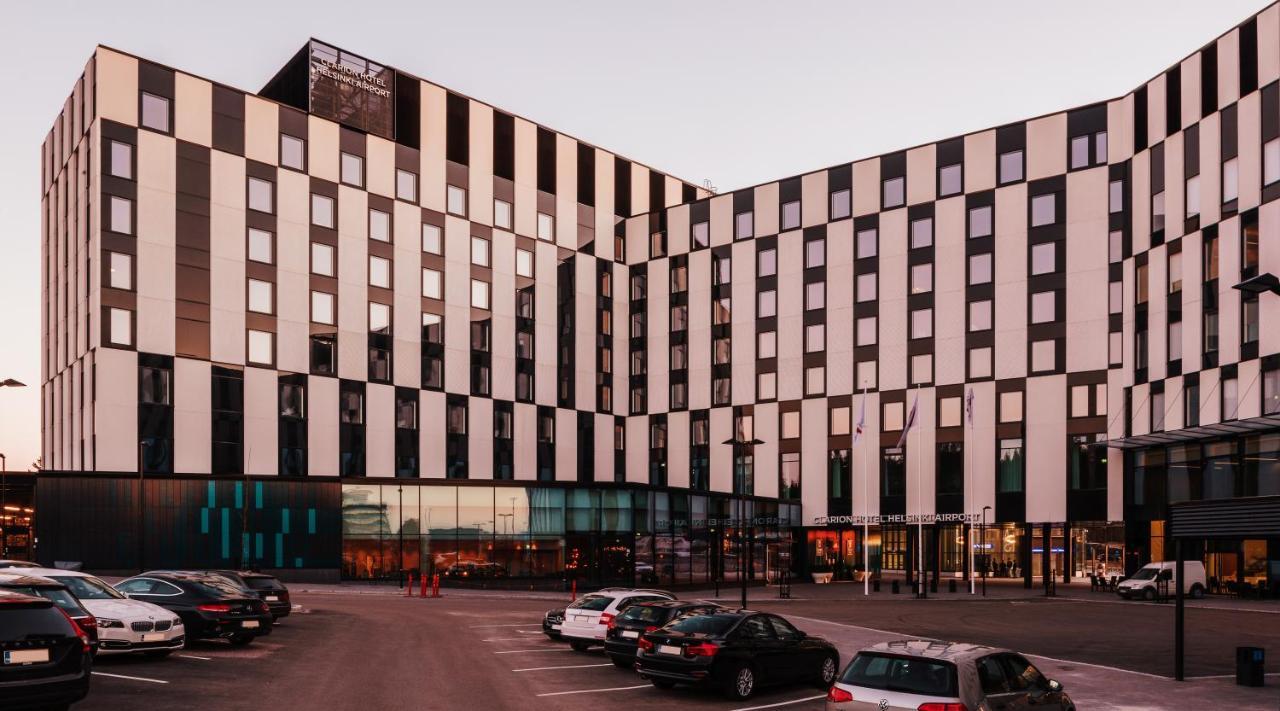 Clarion Hotel Helsinki Airport Finnland Vantaa Booking Com
