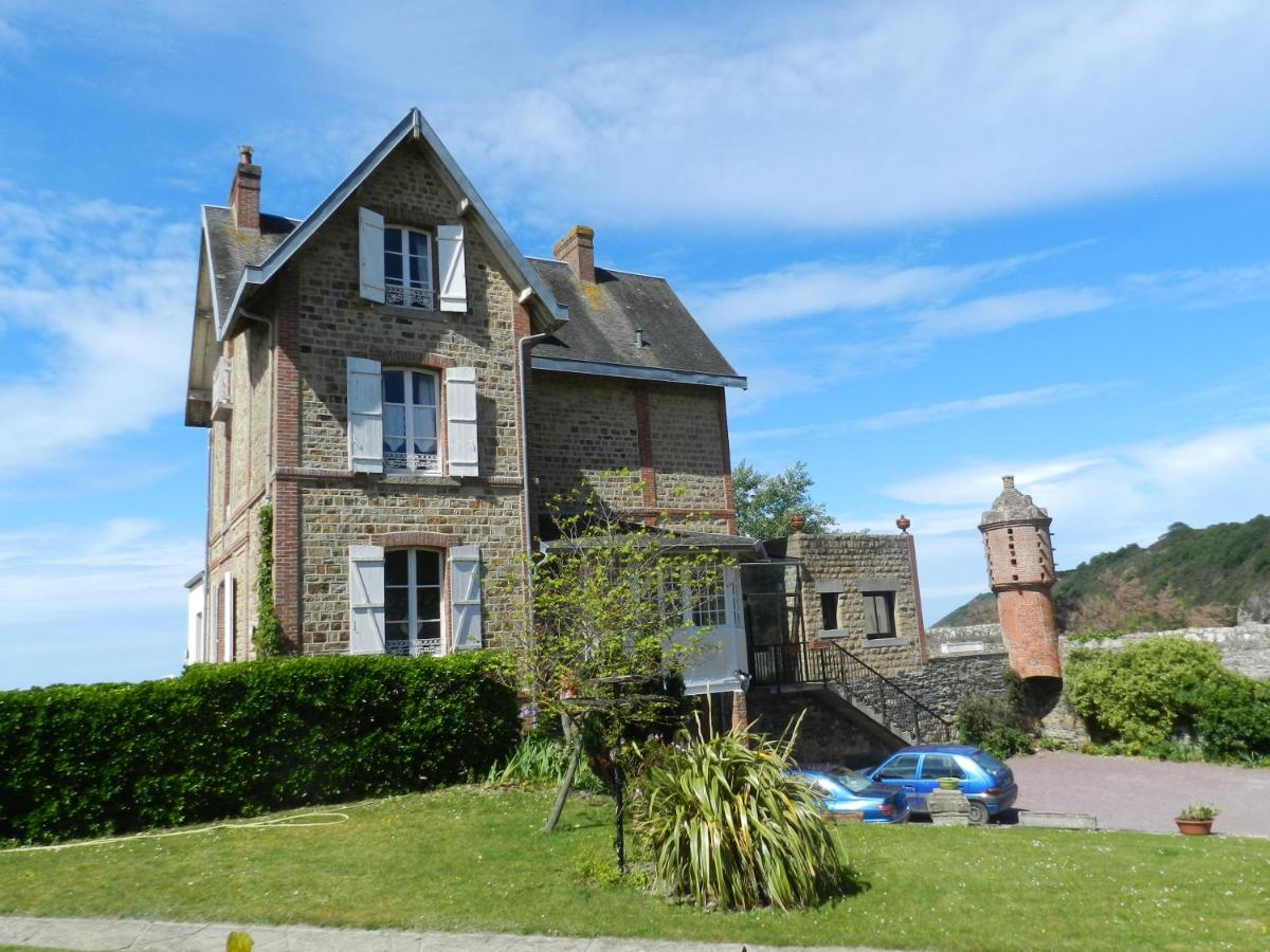 Guest Houses In Saint-jean-le-thomas Lower Normandy