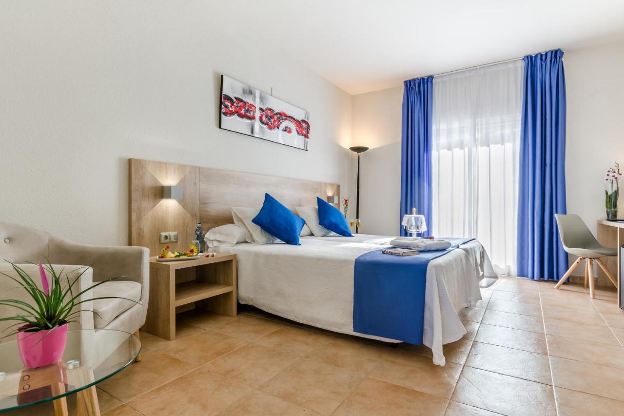 Hotels In Puerto Marino Valencia Community