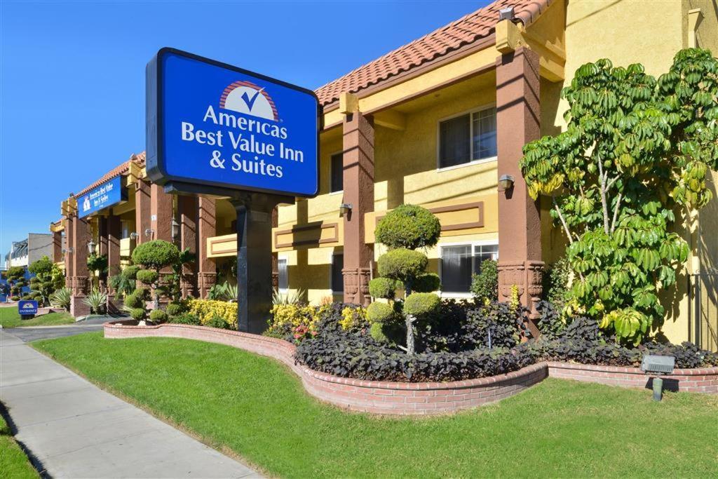 Hotels In Rialto California