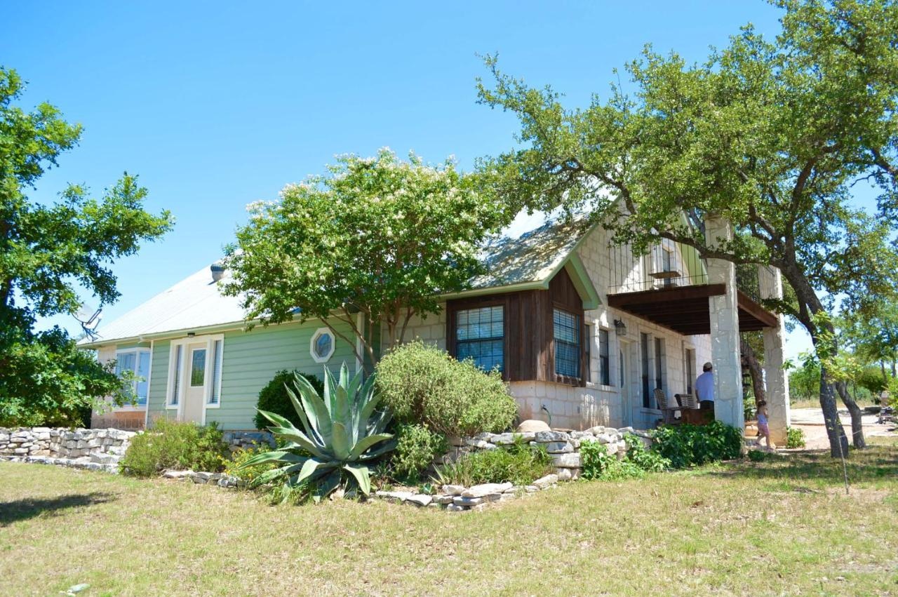 Bed And Breakfasts In Morris Ranch Texas