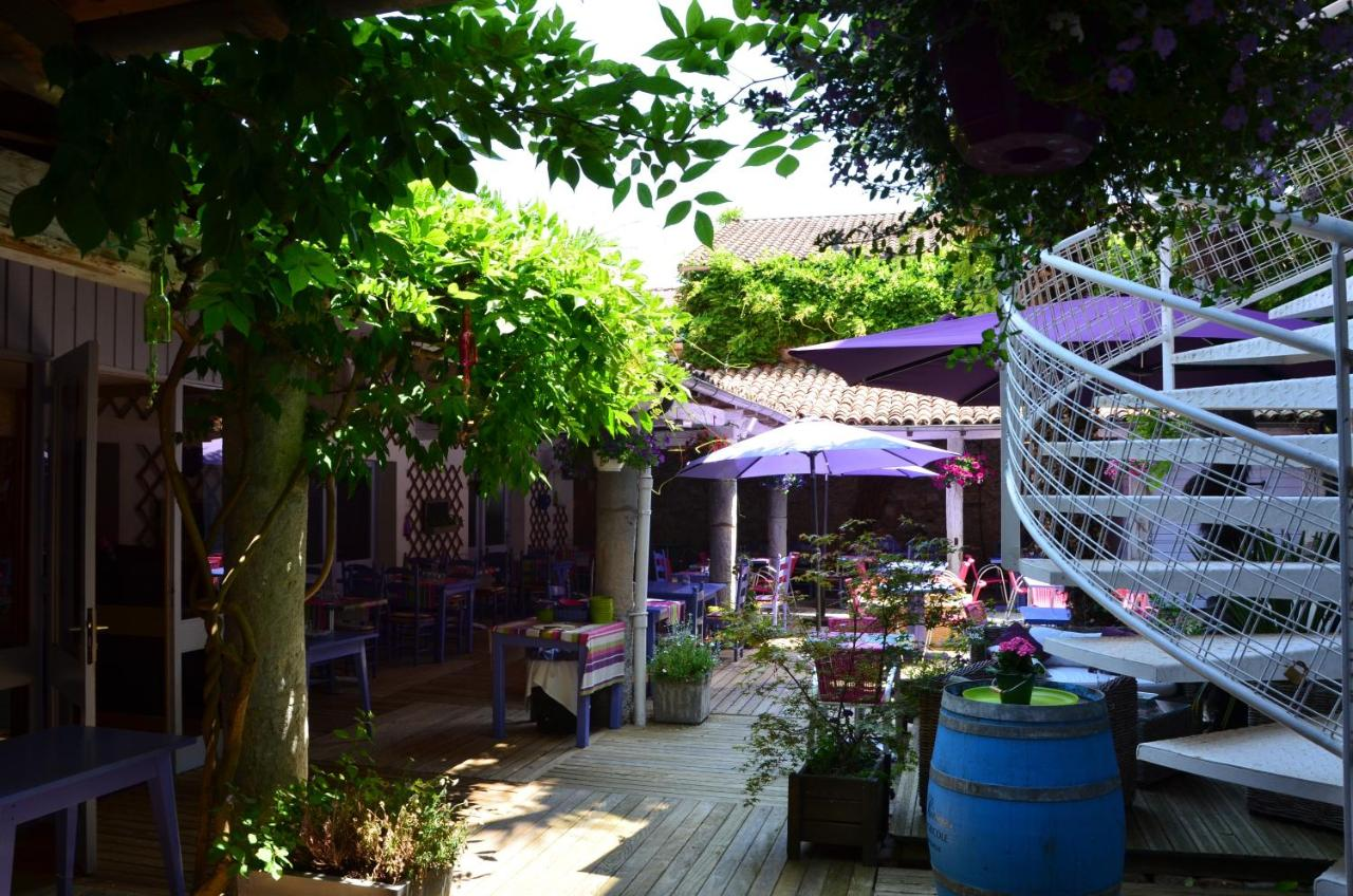 Hotels In Puyoô Aquitaine