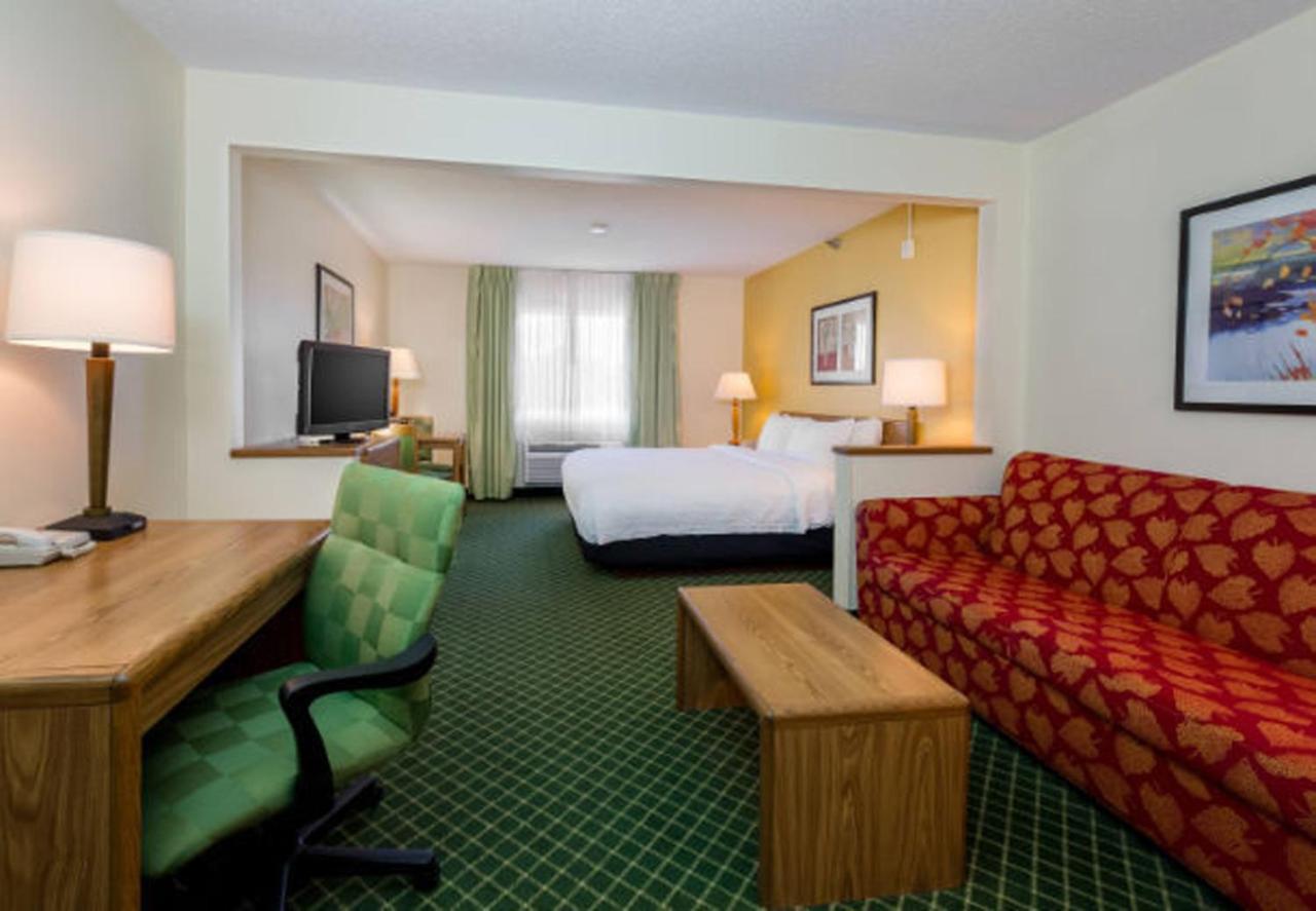 Hotels In Poplar Grove Indiana