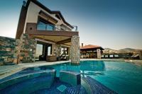 Villa St. Nicolas & Theano
