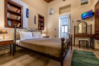 Akrolithos Self Catering Apartments