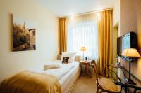 Hotel Zur Muhle Paderborn Germany Booking Com