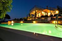 Daedalos & Ikaros Villas