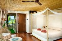 Gloria Maris Hotel Suites and Villa