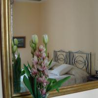 Bed and Breakfast Soggiorno Michelangelo, Florence, Italy - Booking.com