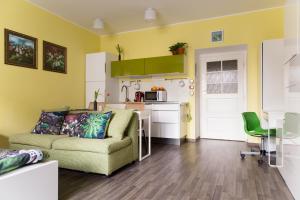 A kitchen or kitchenette at Best Location Apt. STETINOVA