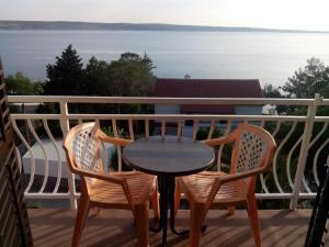Balcony o terrace sa Apartments Ivanka