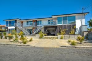 Apartment Wave Suite 2 Bedroom 2 Bath Carlsbad Ca