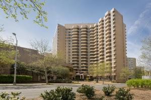 Picture of Oakwood Crystal City
