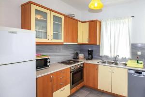 A kitchen or kitchenette at Levanda