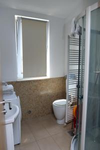 A bathroom at Apartment Penthouse Silvije