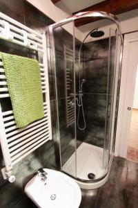 Salle de bains dans l'établissement Ca Sacrestia