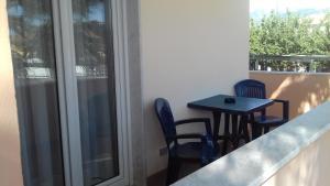 A balcony or terrace at Residence Hotel Villa Laura