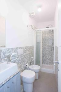 A bathroom at Le 3B - Finalborgo