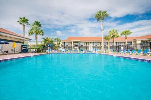 Picture of Days Inn & Suites Amelia Island