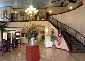 Picture of Ramada Inn - Zephyrhills