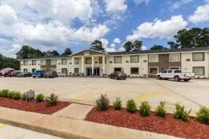 From 65 Picture Of Scottish Inn And Suites Tomball