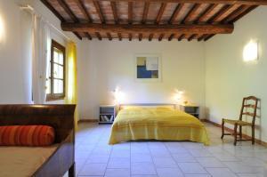 A bed or beds in a room at Serra Destri