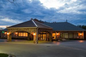 Picture of Best Western Plus Antioch Hotel & Suites