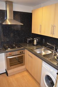 A kitchen or kitchenette at Darly Appartment
