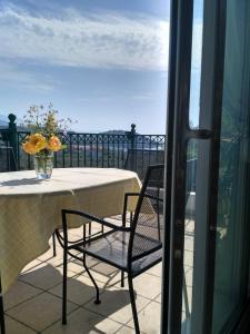 A balcony or terrace at Alexa Villa