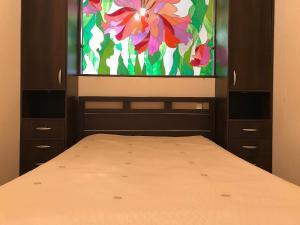 Телевизор и/или развлекательный центр в Apartment Mustay Karima 28-2