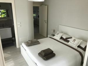 A bed or beds in a room at via trento