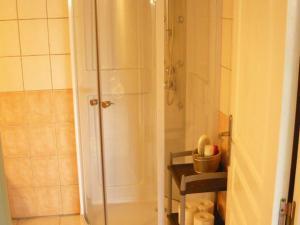 Salle de bains dans l'établissement Villa Villeneuve Sur Lot