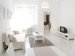 A seating area at Apartment Na Šanci