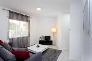 A seating area at Charming 3bed Torrassa Metro