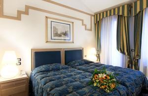 佛斯卡里宮殿酒店 (Foscari Palace)