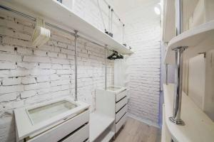 Ванная комната в Art Flat in the center of Minsk