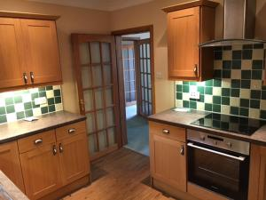 A kitchen or kitchenette at Aberlady Two Bedroom House