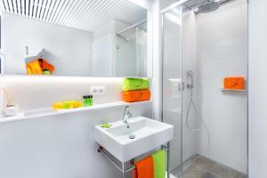 Kupatilo u objektu Cosmo Apartments Marina – Auditori
