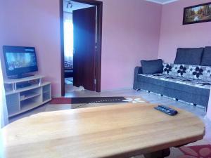 Телевизор и/или развлекательный центр в 2к квартира в Трускавці