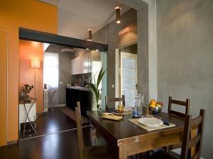 A kitchen or kitchenette at Meta Italy da Fabrizio