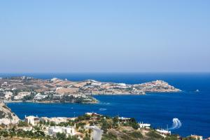 A bird's-eye view of Spiros-Soula Family Hotel & Apartments