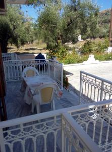 En balkon eller terrasse på Katerina Hatzi studios