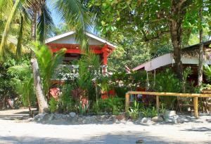 Bahia Beachfront Hotel Restaurant Samara