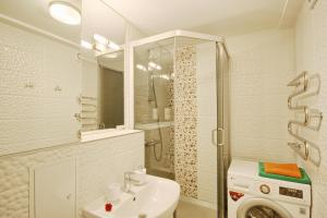 A bathroom at Park apartment