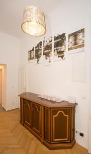 A kitchen or kitchenette at Apartments Opera 2