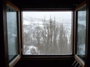 Duplex Burg during the winter