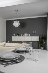 A restaurant or other place to eat at Apartment Kosicka